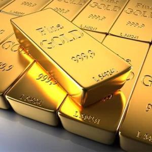 発表後の金の価格と分配金