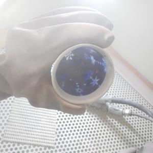 雪の結晶のグラス -ブラストのようす-