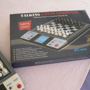 アメリカ製のチェスコンピュータを買ってみた!