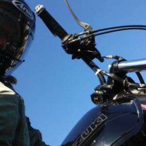 冬のバイクは電熱ベストと電熱グローブで快適ライディング