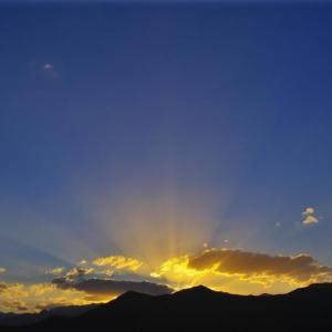 白石湖の夕景