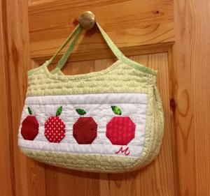 リンゴのミニバッグ完成