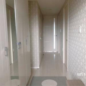 狭いマンション玄関を華やかにしたい。