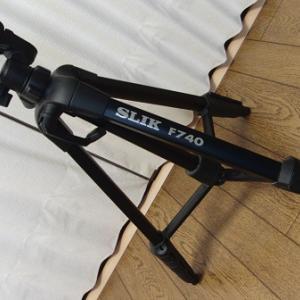 SLIK(スリック)F740 4段 ビデオカメラ・デジタルカメラ用ファミリー向け三脚‼