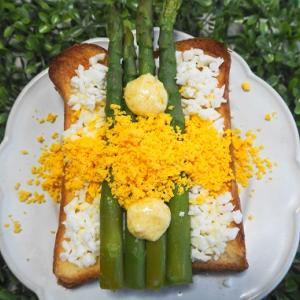 春をイメージしたトースト4種♪