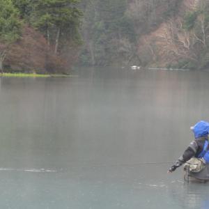 2012年5月の湯ノ湖