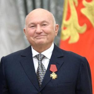 モスクワ前市長の急逝
