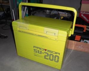 クーラーBOXの保冷力は、価格に比例する。