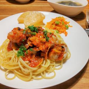 アサリと海老のトマトスパゲティ