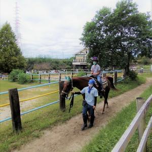 愛知牧場でのんびり休日。