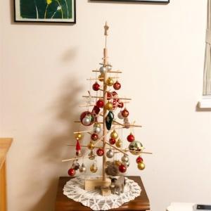今年のクリスマスツリーと、ミニiPhone?