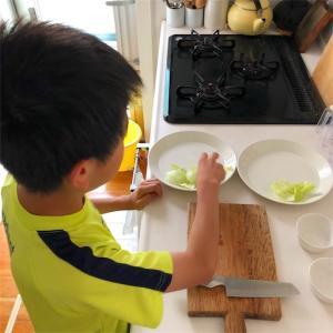 息子、朝ご飯を作る~頑張れ宿題