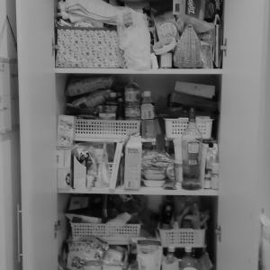 ●ぎっしり詰まったパントリーのビフォー・アフター整理収納作業!