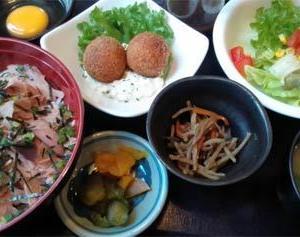 焼津の小さな洋食屋「グリルSASAYA」@静岡県