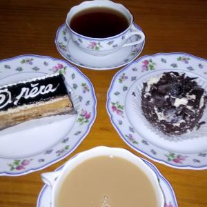 甘過ぎるケーキとパン屋の苦悩
