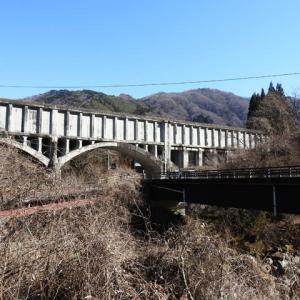 何それ、水路橋。?