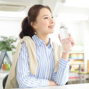 【サークル】便秘解消だけじゃない!水分補給が膣にもたらすメリット