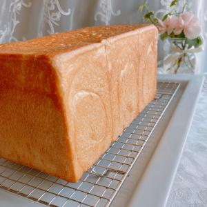 こだわりのしっとりもちもち食パン♡