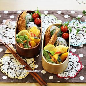 エビフライ弁当と庭からペチュニア八重♪