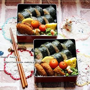 サラダ巻き寿司弁当とおやつ待ち♪