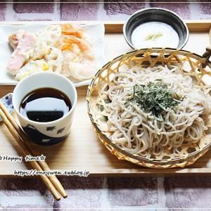 本日のランチは天ぷら付きざるそばと好きな場所で♪