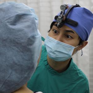 「目の下のタルミがあった顔が思い出せない」 手術後1年