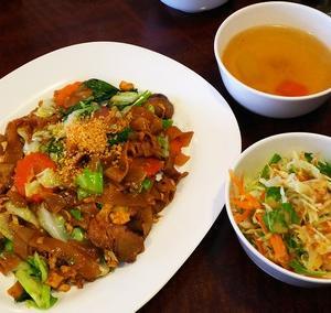仙川のチョッディーでタイ料理ランチ