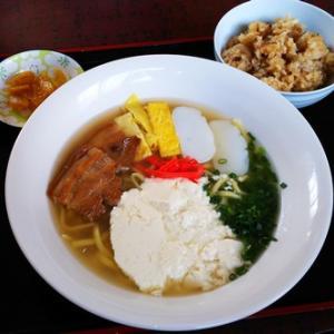 加須の沖縄料理店かふーがーでんにてランチ