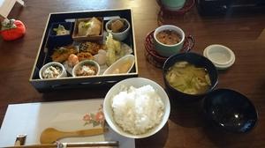 日置市の古民家食堂 『東風-kochi-』でランチ