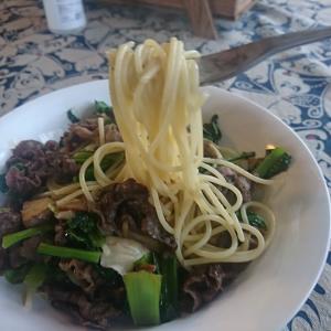 ママこれは大ヒットだぜ!牛肉入り高級パスタ 絶品の味でしたよ。本日のランチ 、「さくらさくら 」泉崎村 行って来ました。