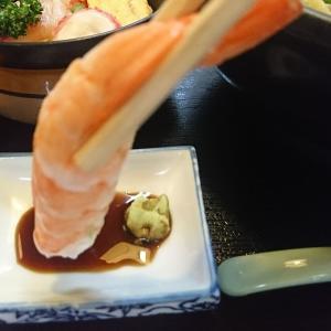 え~ッ、お寿司屋さんでみそラーメン!でもこれがうまいんだ、もちろん「ちらしミニ丼も最高だぜ~ッと、