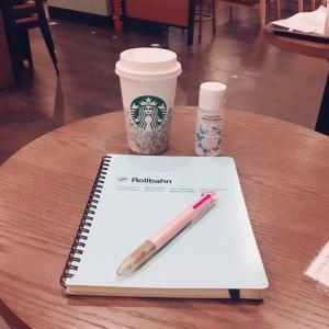 ノートに書き出すとアイデアが浮かびます