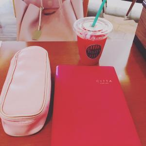 カフェで手帳タイム♪