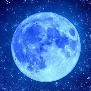 明日8月4日は「満月:水瓶座」月からのメッセージ