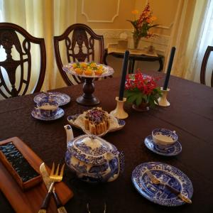 スポードで、秋のティーテーブル