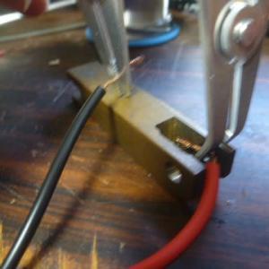 電鍵の製作 1 接点