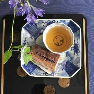 和骨董でお茶の時間