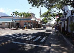 憧れのハワイ・マウイ島の旅21古都『ラハイナ』でランチ