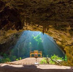 瞑想は命を救う!タイの洞窟