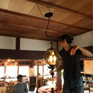 ブックカフェ照明取付DIY