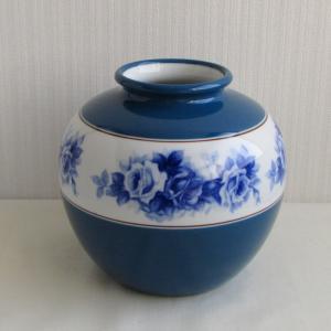 オールドノリタケの素敵なブルーローズの花瓶