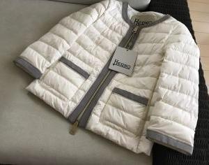 HERNOのジャケット