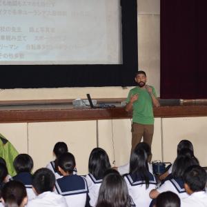 中学校で『キャリア教育』の講演してきました。