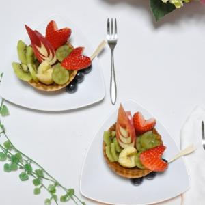 食べられる器でフルーツ盛り