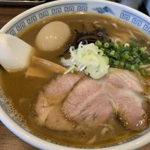 煮干豚骨ラーメン★やどかり屋