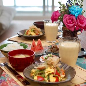 朝食*ゴーヤチャンプルー、こんにゃくと塩昆布の梅胡麻煮*夫の残念な語彙力