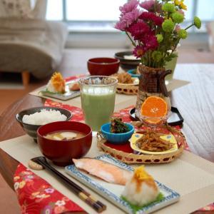 朝食*時鮭の甘塩焼き、ほうれん草の海苔キムチ和え*4歳同士の会話から