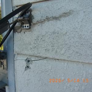 外壁修理 引込み外線取り付け部 補修