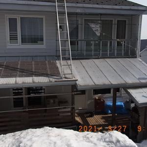 差し掛け屋根を透明ポリカの波板に変える
