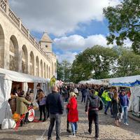 パリ・モンマルトルのブドウ収穫祭が今年も開催中です【食べ歩き】
